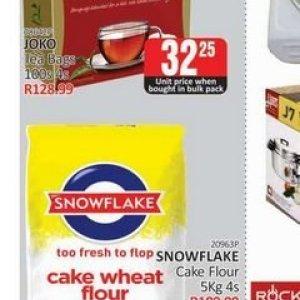 Cake at Kit Kat Cash&Carry